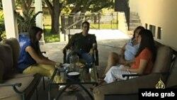 Al Jazeera entrevistó a Javier Castañeda, Elena Couriel y a sus hijas, una familia cubanoamericana de Miami.