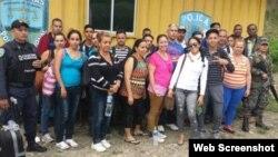 Grupo de 23 cubanos retenidos en Honduras el 20 de junio,2015