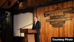 En La Habana el presidente de la Federación de Industrias de Corea del Sur, Huh Chang-soo