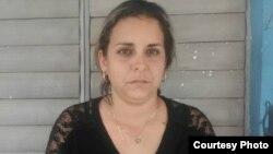 La opositora Arianna López, tras ser liberada el pasado 13 de marzo (Foto cortesía de la activista)