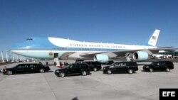 Air Force One, el avión presidencial estadounidense que desplaza a Barack Obama por Africa.