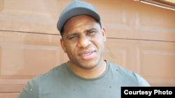 El superpesado cubano Frank Sánchez. (Captura de video de Youtube de entrevista en SerEbro EnlosDeportes)