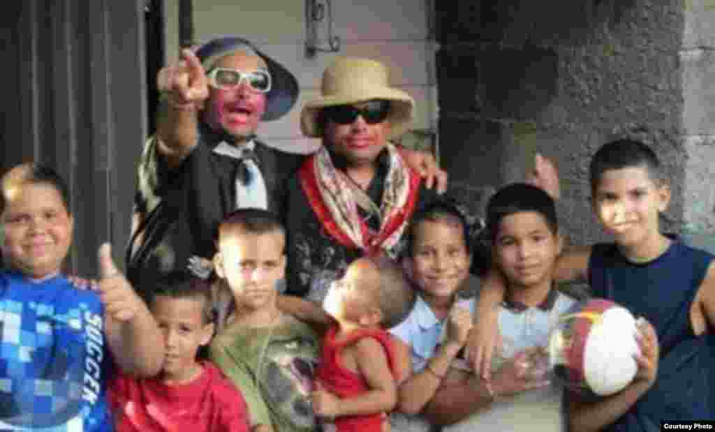 Actividad que el MCJD realizó en el pueblo cautivo López Peña con niños de la comunidad
