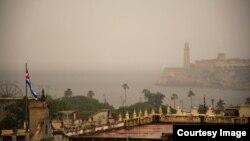 El Morro de La Habana en medio de un intenso aguacero a las 5:15 pm.