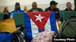 Los 180 cubanos que salieron en el primer vuelo llegaron sanos y salvos a la frontera de Guatemala con México.