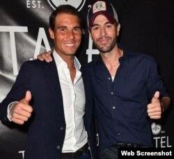 Rafael Nadal junto a su amigo Enrique Iglesias, en Miami.