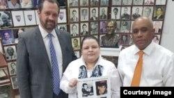Comisión Justicia Cuba recoge firmas para acusación internacional contra Raúl Castro.