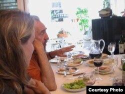 En Punto Cero, mariscos, pescado, pollo, cordero y jamón pata negra formaban parte de su dieta regular. (Luis Domínguez)