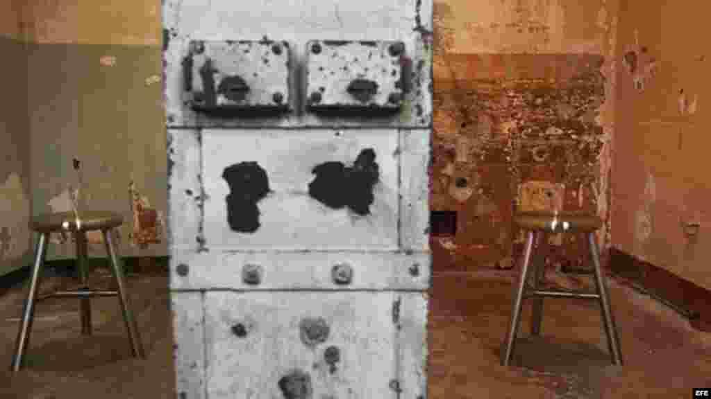 """Parte de la exposición, de los nuevos trabajos creados específicamente para Alcatraz """"@Large: Ai Weiwei on Alcatraz"""", en la antigua prisión de Alcatraz, en la Bahía de San Francisco, California."""