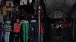 Entre apagones, sin keroseno y con el carbón a 200 pesos el saco, cubanos temen al hambre