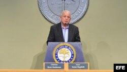 Tomas Regalado, alcalde de la ciudad de Miami.