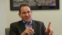 Encuentro con el expreso político cubano Luis Enrique Ferrer