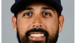 Dale Gio que regresaste al equipo de Milwaukee y ganaste de nuevo!