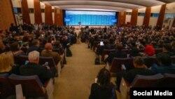 """""""La libertad religiosa es un valor estadounidense fundamental"""", dijo el Secretario de Estado Mike Pompeo en la Conferencia Ministerial para Promover la Libertad Religiosa el 16 de julio de 2019 en Washington DC. (TWITTER)."""