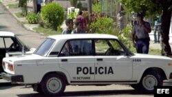 Archivo Policías cubanos en La Habana conrolan las calles.