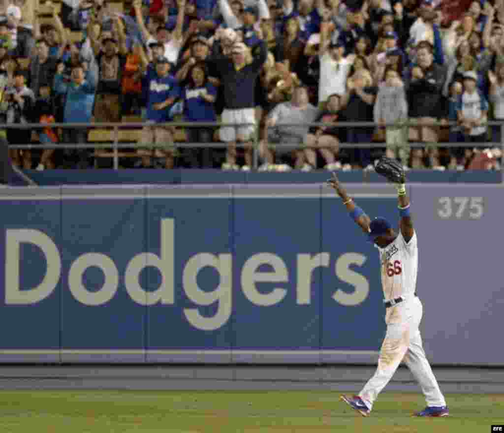 Yasiel Puig, el jardinero derecho de los Dodgers de Los Ángeles, estuvo lesionado durante gran parte de la temporada 2015 con una dolencia en la corva derecha. Bateó para .255 (72 imparables en 282 turnos), con 38 carreras impulsadas, 30 anotadas y 11 cuadrangulares.