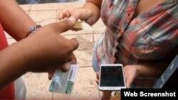 Intercambio de tarjetas y telefonos en Cuba.