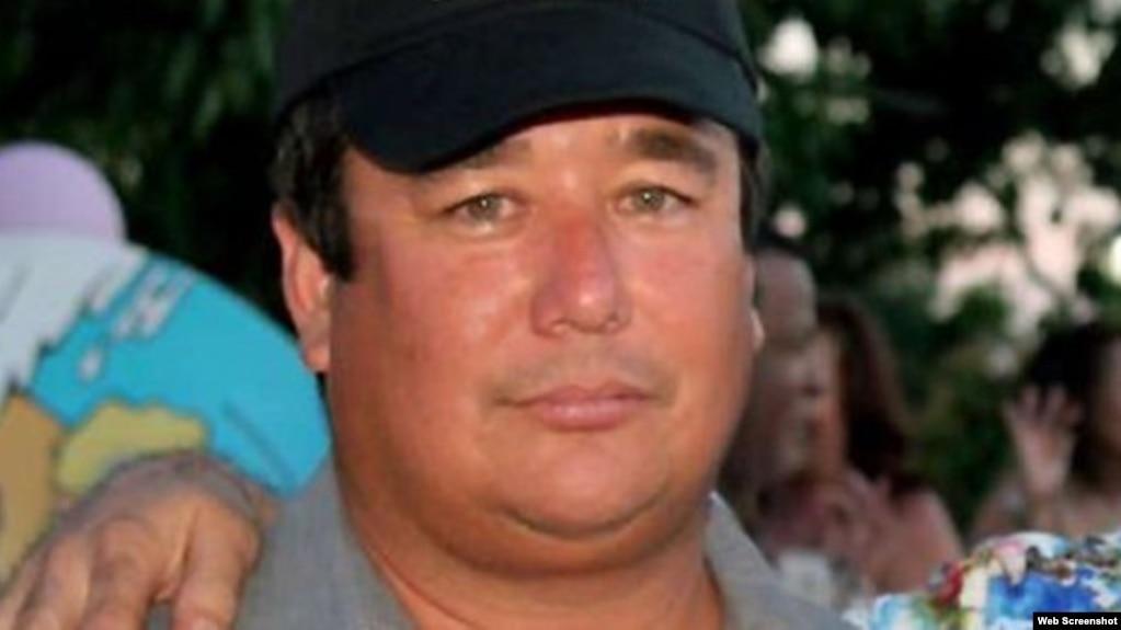 Emilio Ichikawa Morín, profesor y ensayista cubano. (Foto: Facebook)