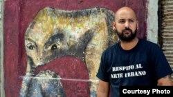 Grafitero cubano Yulier Rodríguez Pérez, detenido y amenzado por la policía política en La Habana, Cuba.