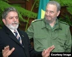 Lula y Fidel Castro, fundadores del Foro de Sao Paulo.
