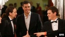 Pablo Iglesias, Pedro Sánchez y Albert Rivera en la gala reciente de los Premios Goya.