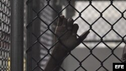 Caen más acusaciones sobre director de prisiones radicado en Miami