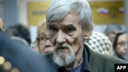 Yuri Dmitriev, historiado aficionado que investiga crímenes de Stalin (AFP)