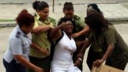 Niegan renovación de pasaporte a líder de Damas de Blanco Berta Soler