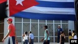 En Cuba, las estadísticas económicas son usadas para falsear la realidad, opinan expertos.