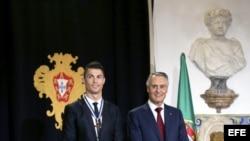 Cristiano Ronaldo condecorado por gobierno de Portugal