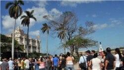 Españoles residentes en Cuba podrán votar en España