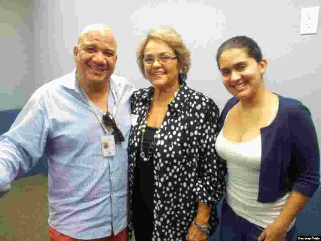1800 Online con Maruchi Méndez, autora del libro Buscando mi estrella