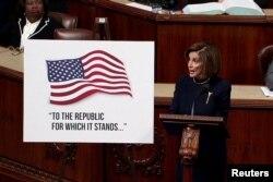 La presidenta de la Cámara de Representantes, la demócrata Nancy Pelosi, convoca al voto por el juicio político al mediodía del miércoles (Foto: Reuters).