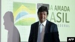 El ministro de Salud de Brasil, Luiz Henrique Mandetta, en la conferencia de prensa donde anunció el miércoles el primer caso confirmado de coronavirus en su país (Foto: Jose Cruz/AFP/Agencia Brasil).