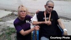 Yolanda Carmenate junto a su hijo, el activista de UNPACU Cristian Pérez Carmenate.