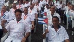 La suerte de los médicos que regresan a Cuba