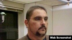"""1800 Online con Lázaro González Valdés, de """"Cuban Freelancers for Freedom"""""""