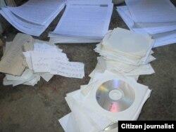 Reporta Cuba Muestra de los materiales que reparte en las calles Foto Niover García