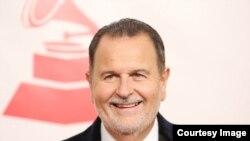 """Raúl de Molina, copresentador de Univision en el programa """"El Gordo y la Flaca""""."""
