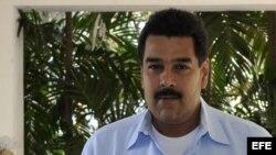 Maduro regresa a Caracas con mensaje de Chávez