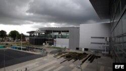 Vista general de la nueva terminal aérea de El Dorado hoy, miércoles 11 de septiembre de 2013, en Bogotá (Colombia).