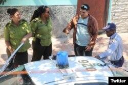 Vigilancia policiaca en Cuba.