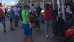 Residentes en Carlos Rojas entre el desabastecimiento, las colas y el coronavirus