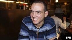 "William Retureta, bajista del grupo opositor cubano ""Porno para Ricardo""."