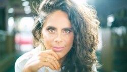 Entre Nosotros: Alejandra Mor, toda talento y encanto