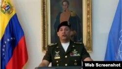 El coronel Pedro Chirinos Dorante se identificó como asesor militar adjunto a la misión permanente de Venezuela en ONU.