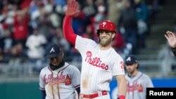 La franela de Bryce Harper es la más vendida del béisbol.