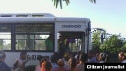 No sólo a Bayamo en coche, a Manzanillo también
