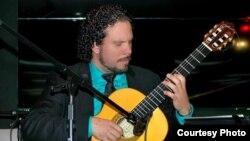 Entrevista con el guitarrista cubano José Alfredo (Joe Fredd) Fernández