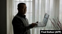 Ciberdisidente Huang Qi en Chengdu, el 22 de enero de 2015.